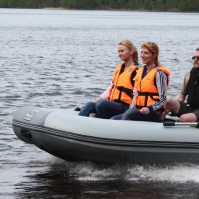 Надувний човен ПВХ: тримісний та чотиримісний – який купити?