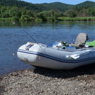 Какая надувная лодка лучше — ПВХ или резиновая?